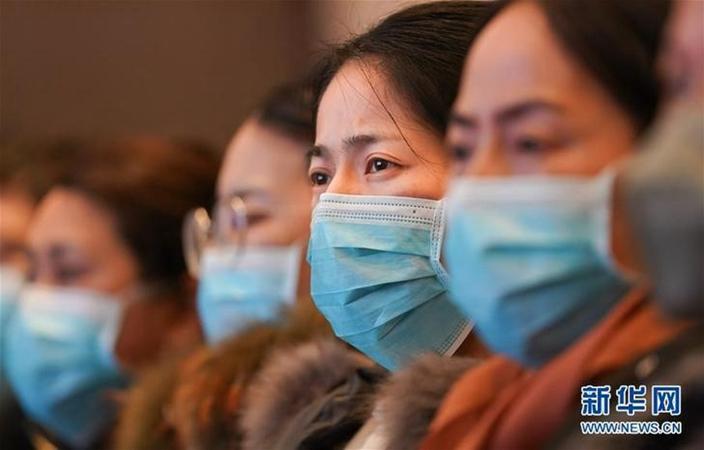 上海醫療隊去年初趕赴武漢支援。(新華社圖片)