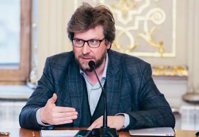 俄聯邦外交與國防政策委員會主席盧基揚諾夫。