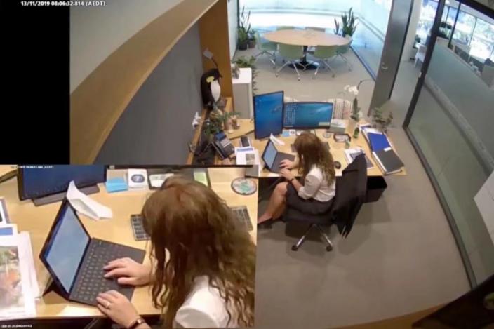 監控視頻顯示,喬利在辦公室用電腦起草「恐嚇信」。