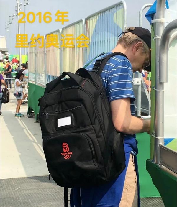 2016年里約奧運會亦不少外國行家背著京奧採訪包。