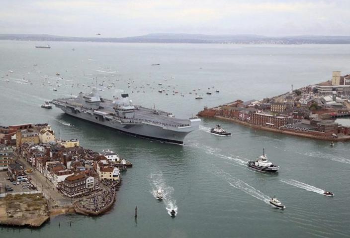 伊麗莎白女王號5月在朴茨茅斯港出發。(資料圖片)