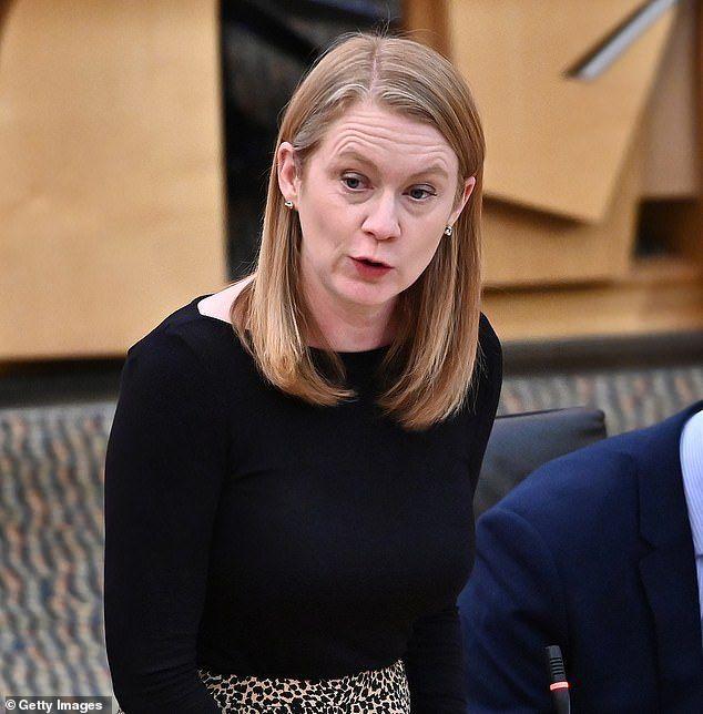 Shirley-Anne Somerville, ministra de Educación de Escocia.