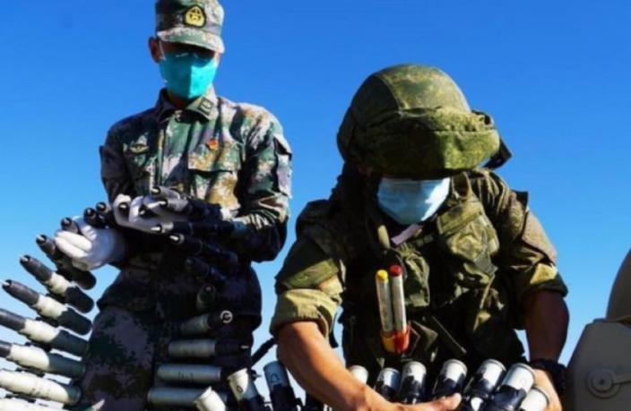 Los militares de China y Tayikistán realizaron ejercicios con fuego real a lo largo del Corredor Wakhan a principios de agosto de este año, y también participaron los militares rusos.