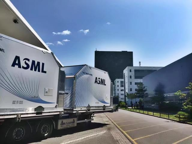 荷蘭ASML 幾乎壟斷了中高端光刻機市場。