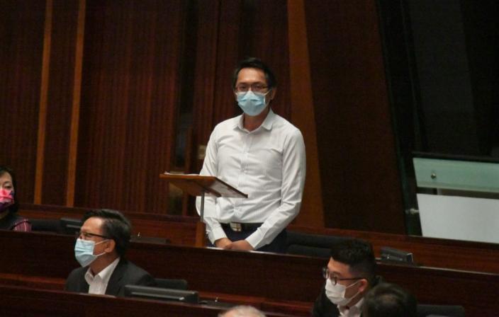 工聯會立法會議員陸頌雄。
