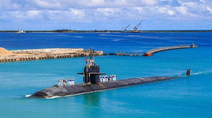 守在關島的美國潛艇。(AP圖片)