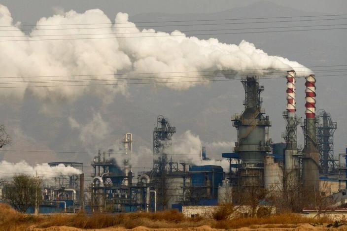 會議要求糾正「一刀切」停產限產、「運動式」減碳。AP圖片