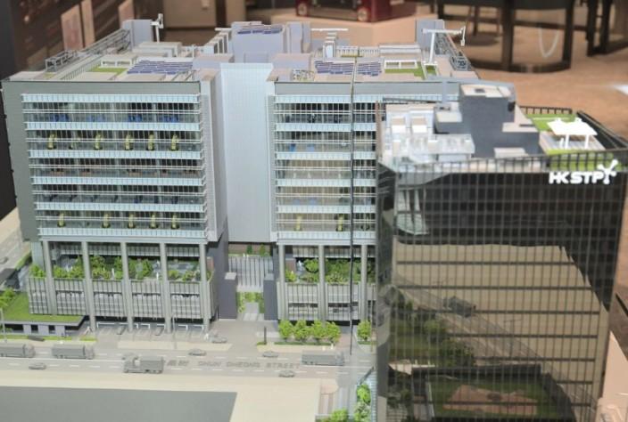 將軍澳工業邨的先進製造業中心接近竣工,未來科技園公司還會構思第二個先進製造業中心。