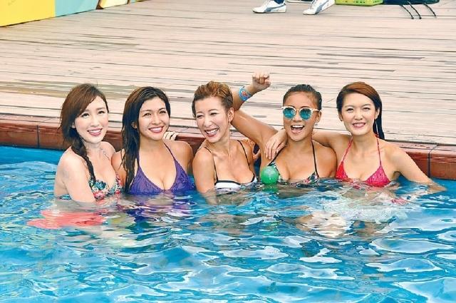 日前,無線出動5波女宣傳旅遊節目《3日2夜》,同樣擁36E豐乳的陳偉琪(左二)和陳婉衡(中)最激凸。