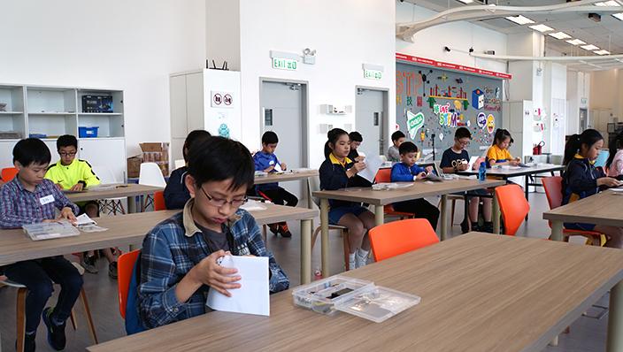 其實只要懂得電路的基本知識,小學生也可以成功建構電路板。