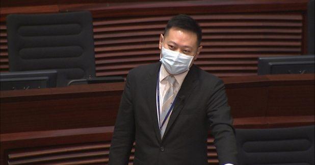 民政事務局局長徐英偉表示政府有重要角色與各行業溝通,呼籲各行各業盡快接種疫苗。