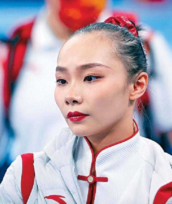 中國女子體操    兩小花三甲不入