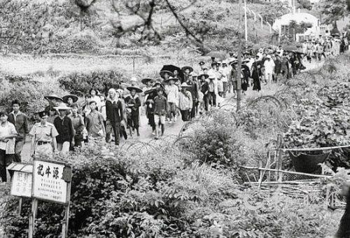 揭「大逃港」內幕:廣東14萬人逃至香港(圖)
