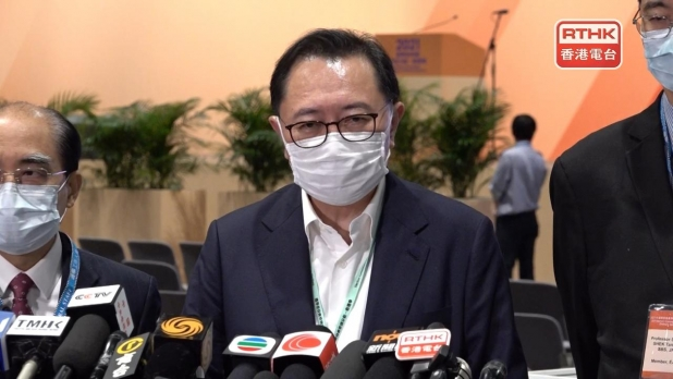 馮驊表示,選管會會詳細檢討,並向行政長官提交選舉報告書。(孔令輝攝)